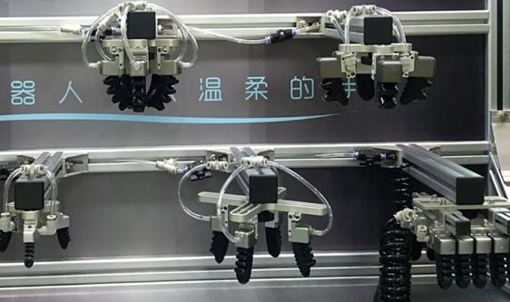 食品工業精細化工序多 柔性機器人加快研發
