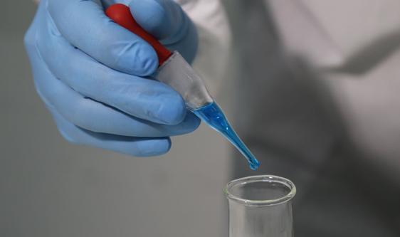 食品链污染防治实验室建立 加码食品安全智能监管