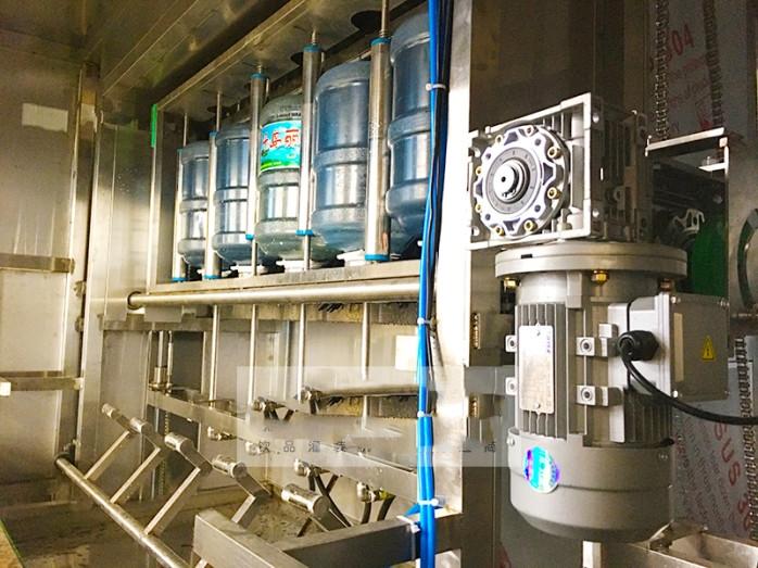 诚之冠食品加工设备入驻青海饮料生产厂