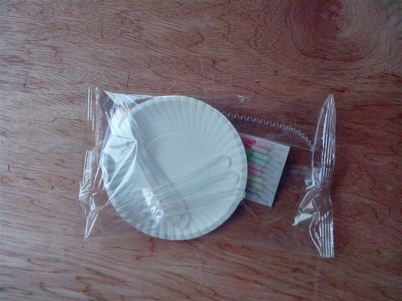 蛋糕刀叉包装机