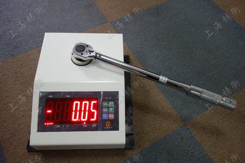 非标定制扭矩扳手测试仪图片