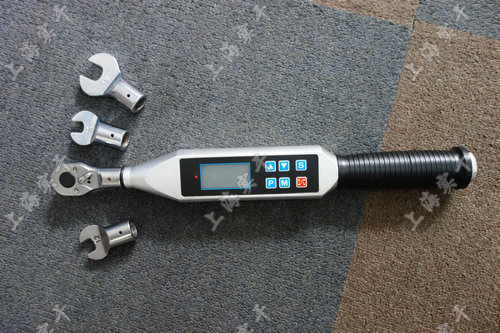 <strong><strong>SGTS-1500数显扭矩扳手</strong></strong>